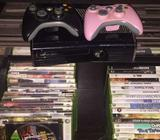 Xbox 360 ( 2 pads and over 50 games)