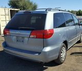 TOYOTA SIENNA FOR SALE AT AUCTION PRICE N400,000 CALL 08067816891