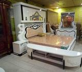 Complete kings royal bed