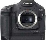Canon EOS 1D Mark III 10.1MP Digital SLR Camera (Body) ( used like new)