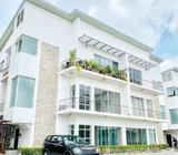 Luxury 3 Bedroom Water-front Apartment With A Bq