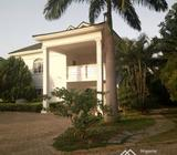 Adorable 5 Bedroom Fully Detached Duplex, 2 Bedroom Guest Chalet, Lush Green Areas, Property Can Tak