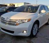 FOR SALE CLEAN TOYOTA VENZA ,