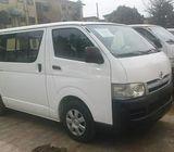 Toyota hiace hummer bus