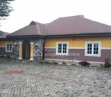 Luxury 3 Bedroom Bungalow, 1 Bedroom And Self Contained With Constant Lights