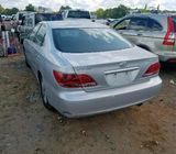 Clean cash and carry Lexus es 330, call 08143421205