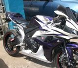 Neat Honda cbr600rr power bike